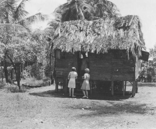 porte-à-porte Samoa 1965.jpg